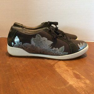 Dansko Suede & Canvas Tennis Shoes Sneakers With Foil Floral Overlay Design